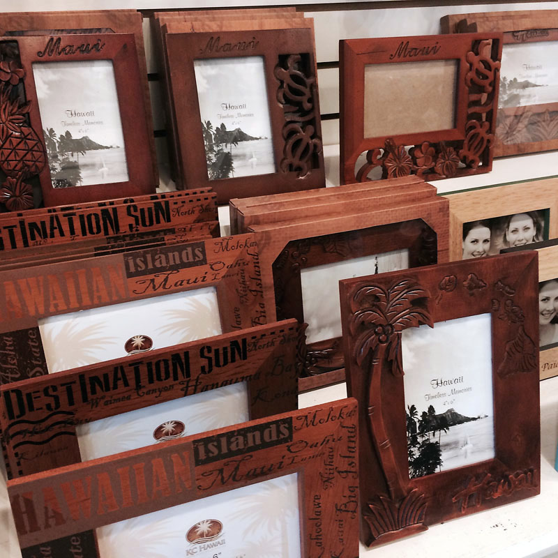 Sand And Sea Gifts Souvenirs In Paia Maui